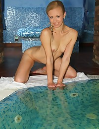Glamour Beauty - Naturally Beautiful Inexperienced Nudes
