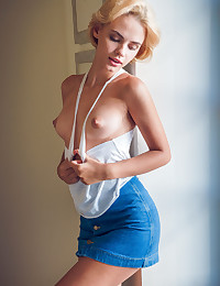 Lilit A nude in erotic MERECA gallery - MetArt.com