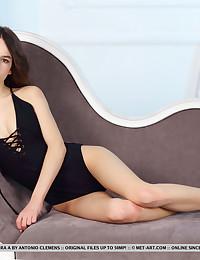 Debora A nude in erotic BEDAE gallery - MetArt.com