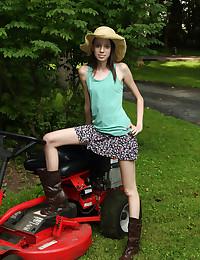 FARM GIRL with Aria Haze - ALS Scan