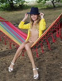 Lola Krit nude in erotic HENCA gallery - MetArt.com