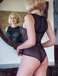 Kery nude in softcore YERISA gallery - MetArt.com