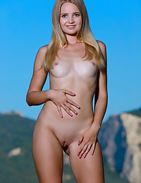 Gabriella nude in glamour IN THE BREEZE gallery
