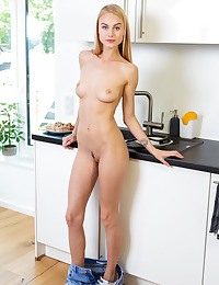 Nancy A nude in erotic PERFECT BRUNCH gallery