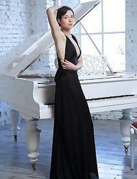 MetArt - Bellona A BY Arkisi - Presenting BELLONA