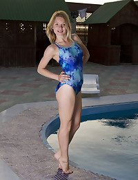 Malinda A nude in glamour JADEN gallery