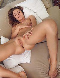 Kalisy naked in softcore ZEMILO gallery - MetArt.com