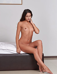 Cira Nerri naked in glamour TIOSCE gallery - MetArt.com
