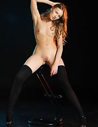 Nimfa bare in glamour ENCALI gallery - MetArt.com