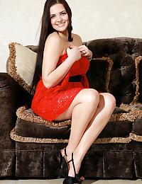 Sofia H nude in erotic PRESENTING SOFIA gallery - MetArt.com