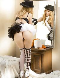 Alexa Grace nude in glamour PRESENTING ALEXA GRACE gallery - MetArt.com