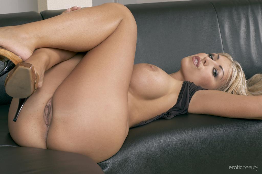 Порно фото девушек с красивыми формами 32309 фотография
